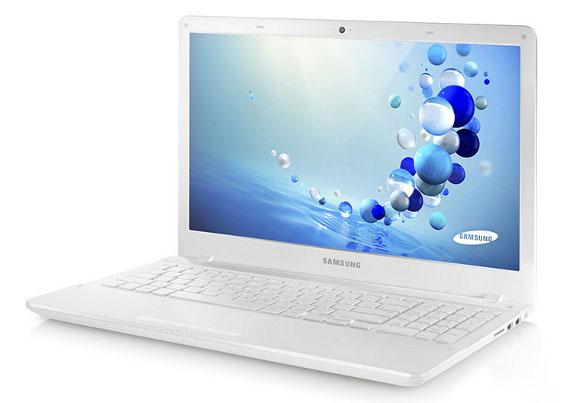 Windows 8: táblagéppé alakítható laptop és elérhető árú multimédiás notebookok a Samsungtól