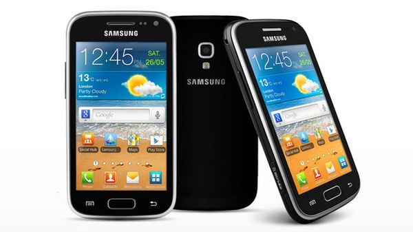 Samsung Galaxy Ace 3: Android 4.2.2 a középmezőnyben