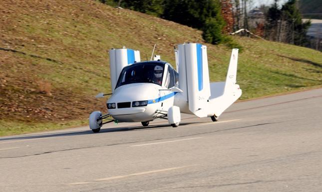 Küszöbön a repülő autó