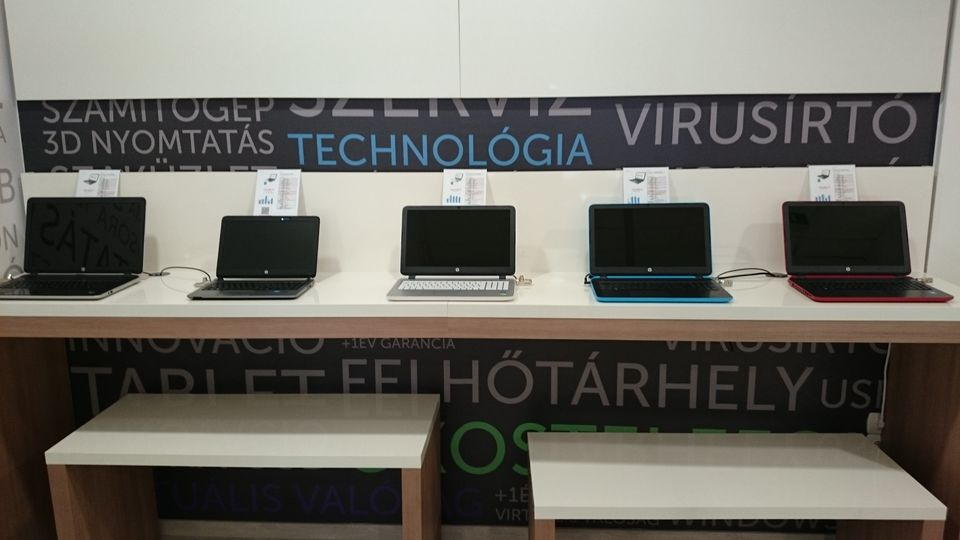 Laptopszalon bolt nyílt az Astorián