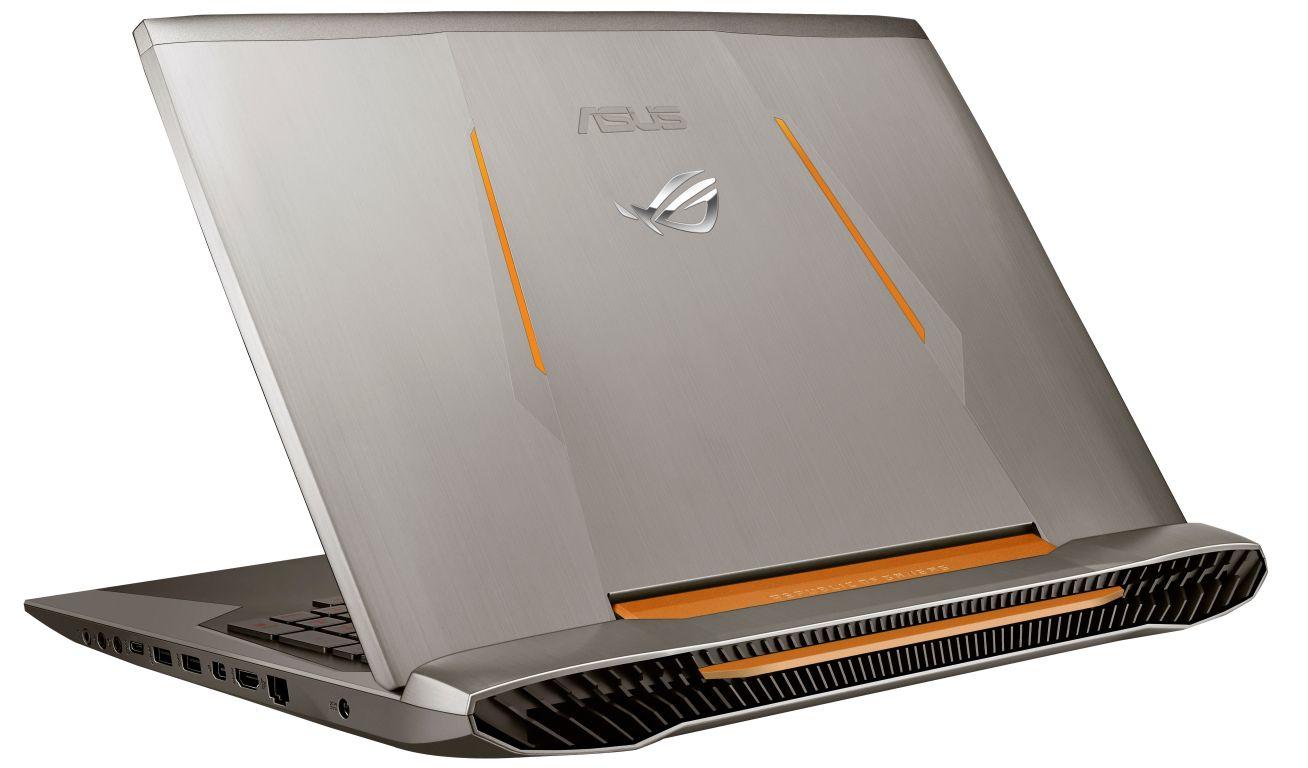 Vízhűtéses Asus GX700 notebook közeledik