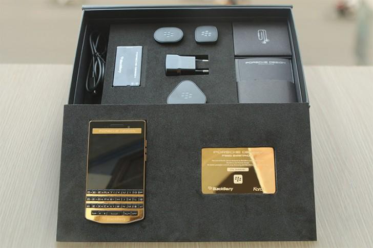 Arany BlackBerry Porsche Design P'9983