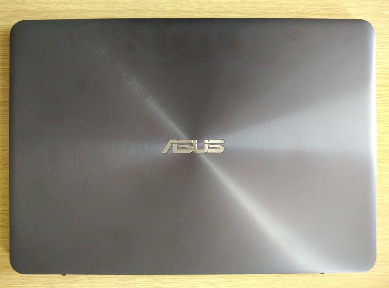 Asus Zenbook UX305CA teszt