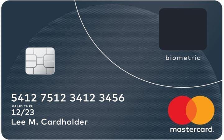 Ujjlenyomat-olvasós bankkártya a MasterCardtól