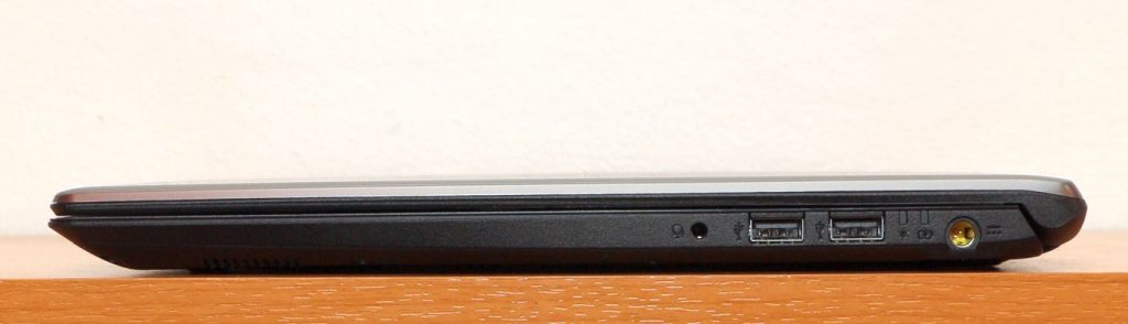 Acer Aspire 5 jobboldal