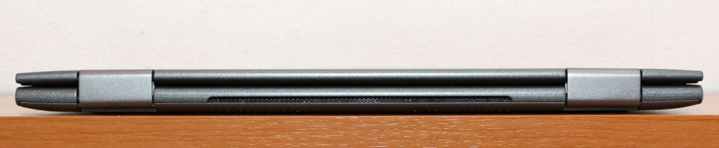 Dell Inspiron 5379 hátulja