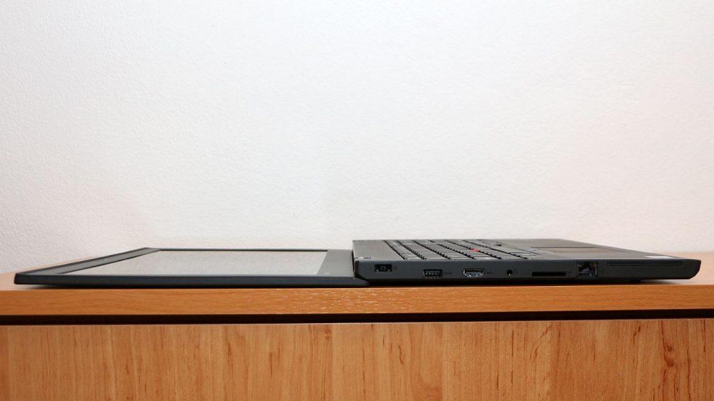 Lenovo Thinkpad T560 nyitás