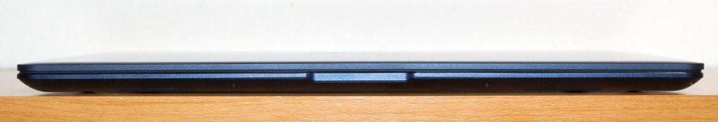 Asus UX331UN eleje