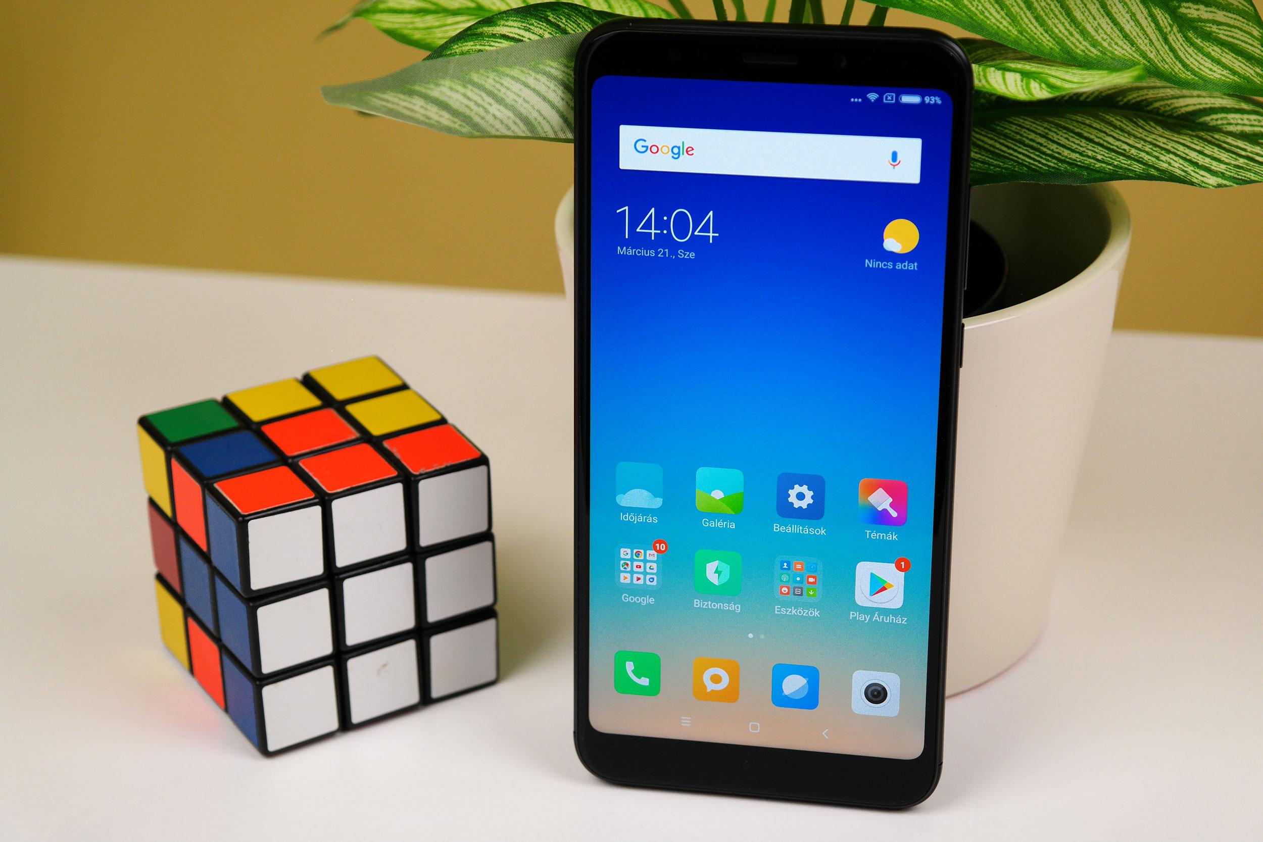 Xiaomi Redmi 5 Plus Wallpapers: Örülünk, Vincent? Ja, örülünk