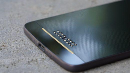 6.4 inches kijelzővel és S675 chipsettel jön a Moto Z4