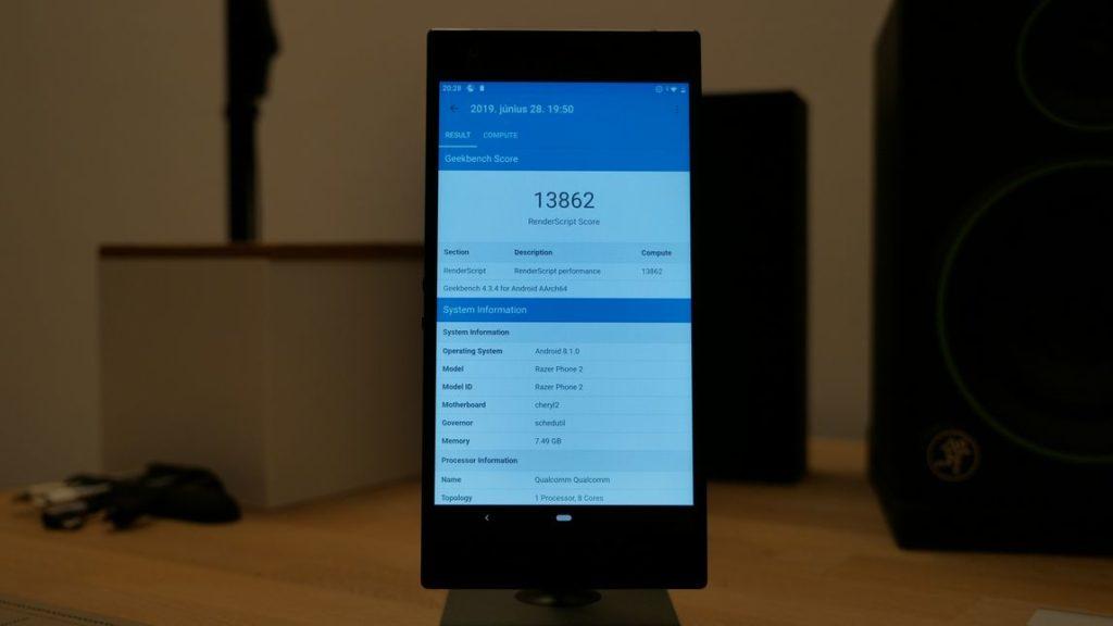 razer phone 2 teszt geekbench specifikációk